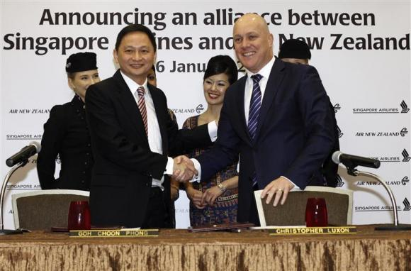 Singapore-Airlines-Air-New-Zealand-extend-ties-photoby-edgarSu-reuters
